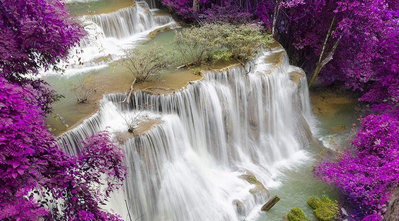 Tranh dán tường 3D thác nước khổ lớn rẻ, đẹp